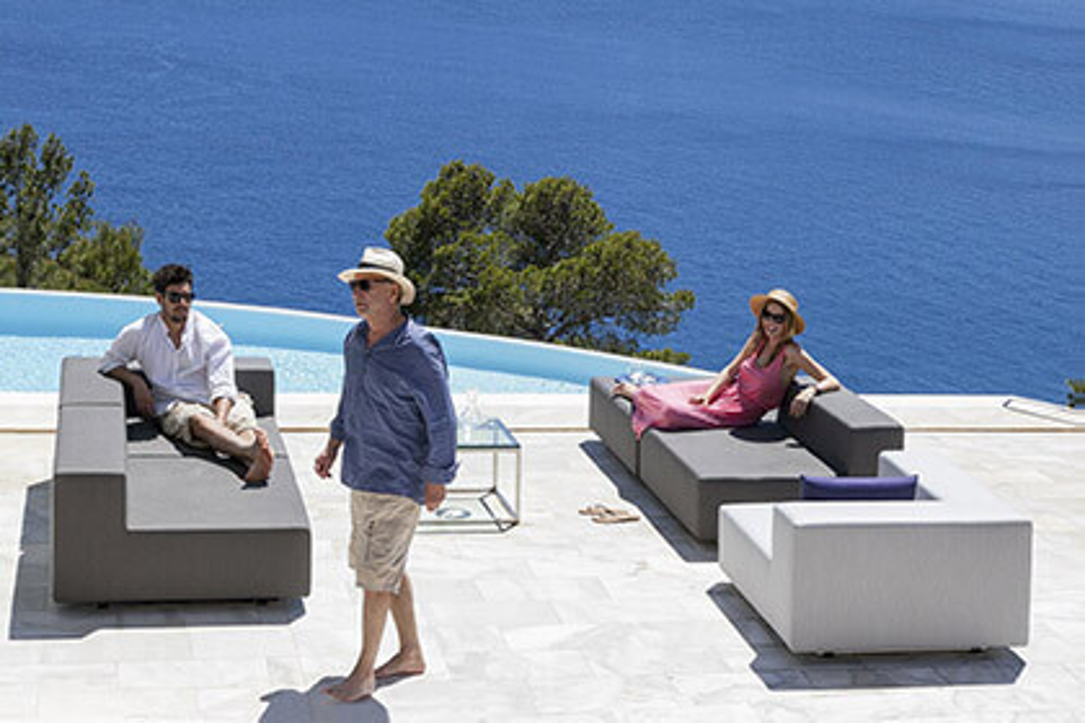 gartenmoebel-lounge-set-terrasse